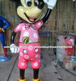 Patung Fiber Mickey Mouse
